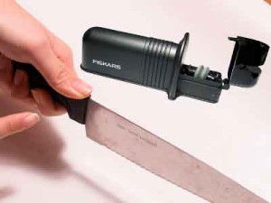 Точилка Fiskars Roll-Sharp
